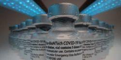 Covid-19: Brasil recebe nova remessa de vacinas da Pfizer