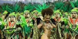 Foliões já podem comprar ingressos para desfile no sambódromo em SP